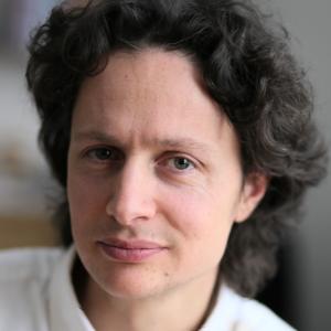 Dr. Milan Meder